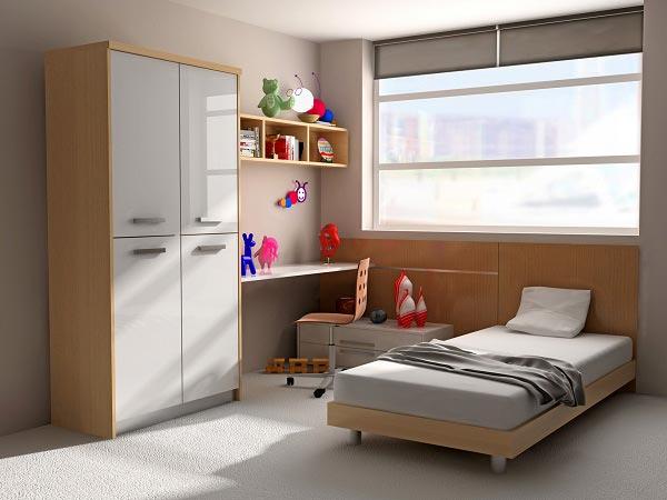 Шкаф, стол, постель для малыша в промежуточных мягких тонах