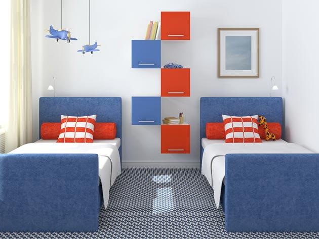 Мебель в традиционных красном и синем цветах