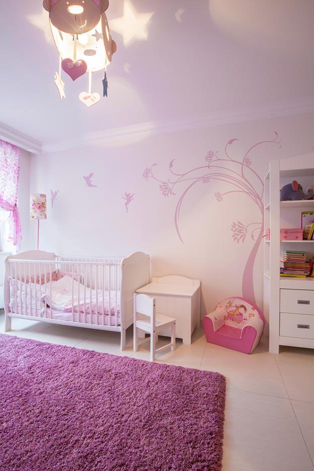 С мебелью для новорожденных