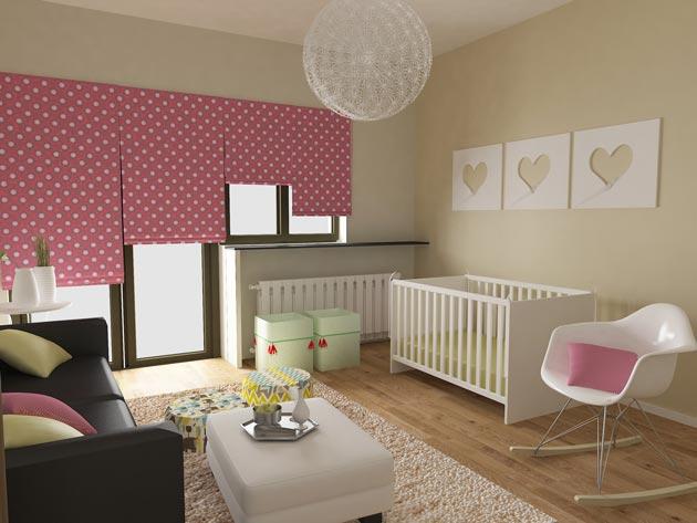 Дизайн окна с рулонными шторами в комнате новорожденной девочки