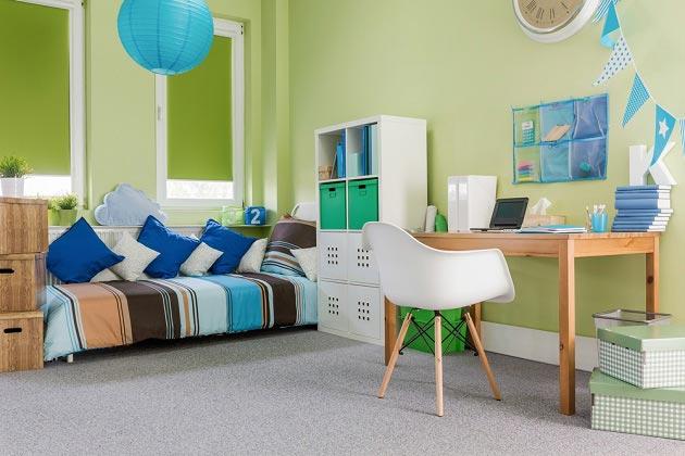 Светлые оттенки зеленого цвета в комнате для мальчика