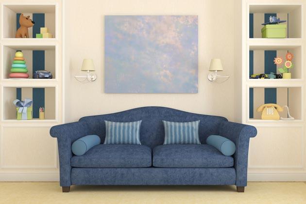 Уютный диванчик цвета индиго