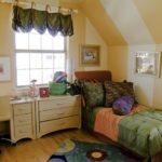 Дизайн штор в комнате для подростка