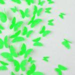 Украшение стен бумажными бабочками