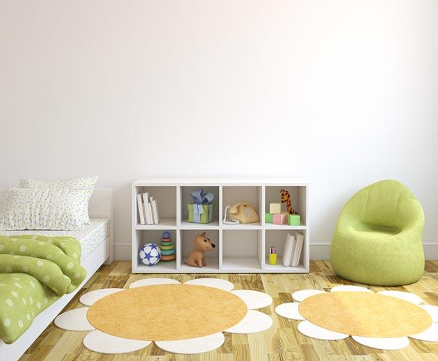 Детское мягкое кресло, кровать и стеллаж с оригинальными напольными ковриками