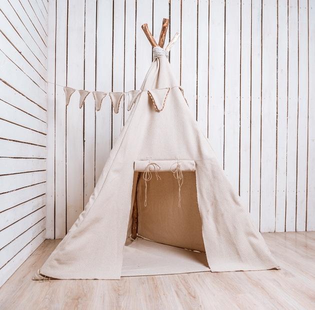 Изюминка стиля - шалаш в детской комнате