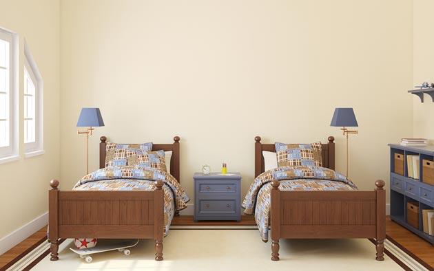 Раздельные кровати со светильниками