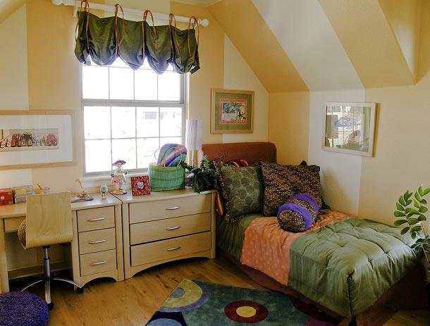 Дизайн маленькой комнаты для подростка девочки 13-14 лет