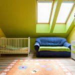 Салатовый цвет в детской для новорожденного