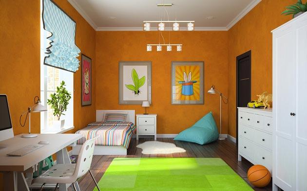 Сочетание оранжевого с белой мебелью и зеленым ковриком