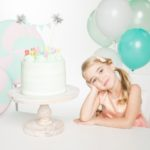 Девочка 7 лет на дне рождения