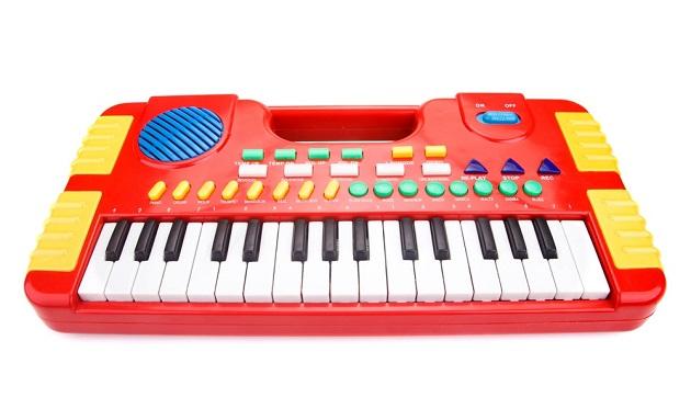 Детское пианино с дополнительными кнопками и клавишами